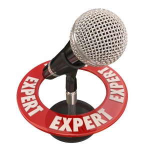 expert_microphone_canstockphoto28738081